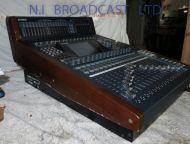 Yamaha DM1000 VCM V2 digital sound mixer 48 channel (Ref 1)