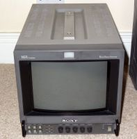 Sony BVM-9044D 9inch SDI monitor with 12v and amins
