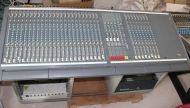 Soundcraft venue II 32 channel sound mixer with metal stand desk and 19