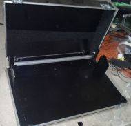 Large studio audio sound mixer / video mixer flightcase with cable access at back (mixer can be used in case). approx 130x60x35cm)